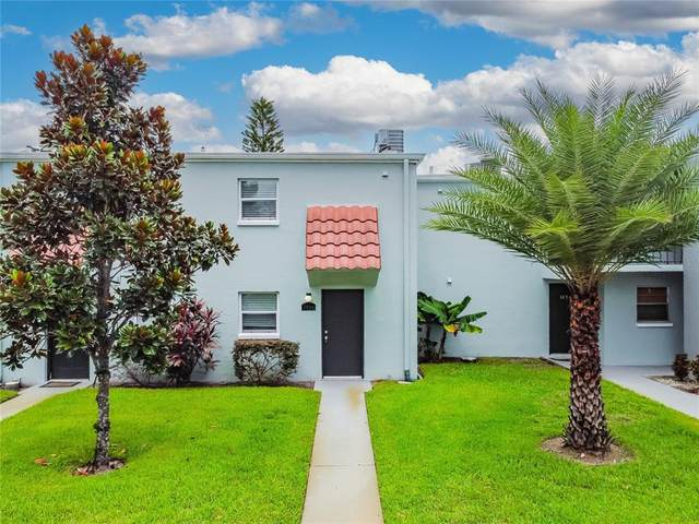 2834 Somerset Park Drive, Tampa, FL 33613 (MLS #T3331032) :: Baird Realty Group