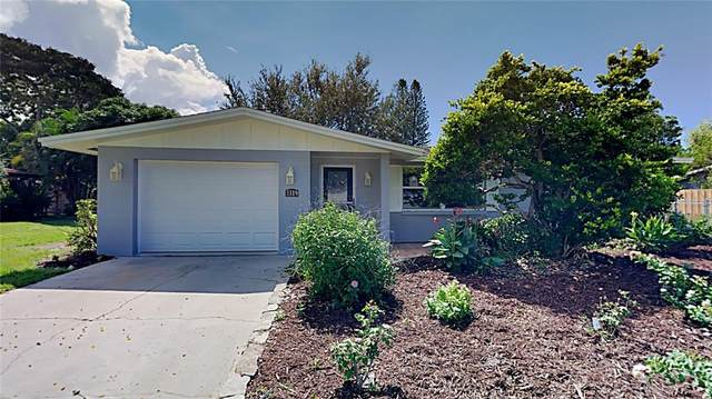 3319 Shamrock Drive, Venice, FL 34293 (MLS #T3331160) :: Gate Arty & the Group - Keller Williams Realty Smart