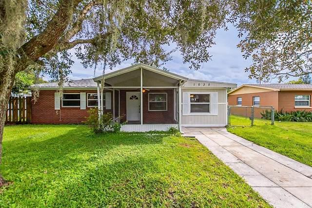 1035 Meadow Avenue, Lakeland, FL 33801 (MLS #T3331934) :: RE/MAX Marketing Specialists