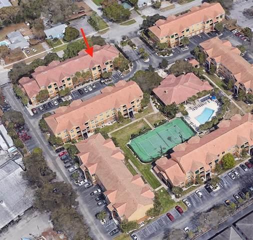 10764 70TH Avenue #2303, Seminole, FL 33772 (MLS #T3332052) :: Zarghami Group