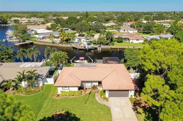 6534 Tanglewood Drive NE, St Petersburg, FL 33702 (MLS #T3332936) :: Everlane Realty