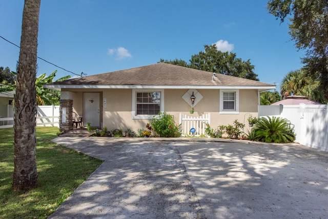2425 9TH Avenue E, Palmetto, FL 34221 (MLS #T3333720) :: Expert Advisors Group