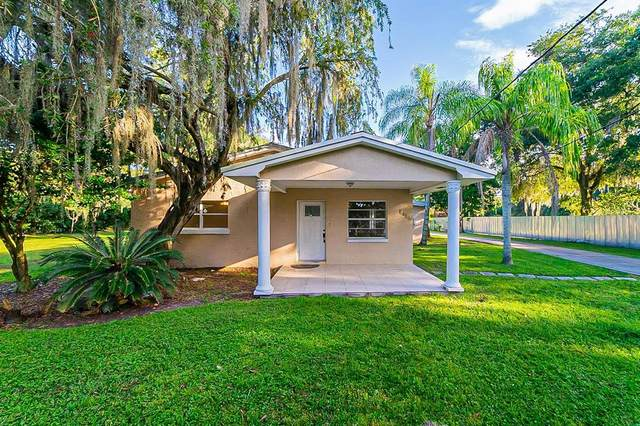 5016 W Knights Griffin Road, Plant City, FL 33565 (MLS #T3334518) :: Everlane Realty