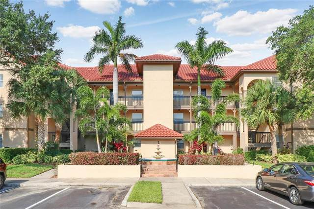 2400 Feather Sound Drive #216, Clearwater, FL 33762 (MLS #T3335056) :: Team Bohannon
