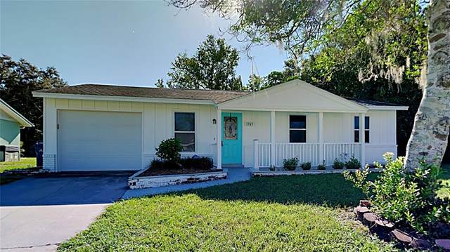 3949 Lancaster Drive, Sarasota, FL 34241 (MLS #T3335658) :: SunCoast Home Experts