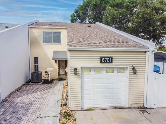 8701 Bay Pointe Drive, Tampa, FL 33615 (MLS #T3336442) :: Premium Properties Real Estate Services