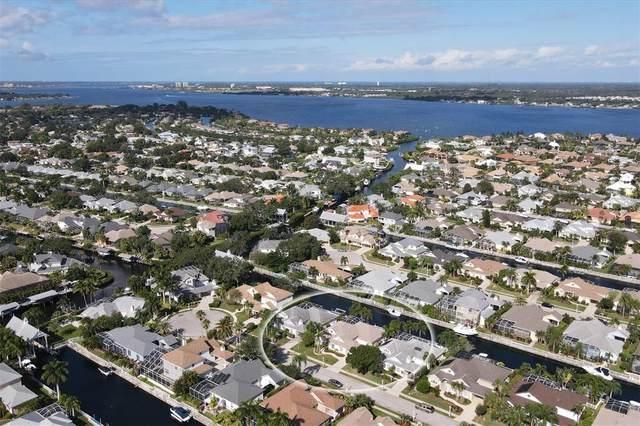 4719 Spinnaker Drive, Bradenton, FL 34208 (MLS #T3336488) :: RE/MAX Elite Realty