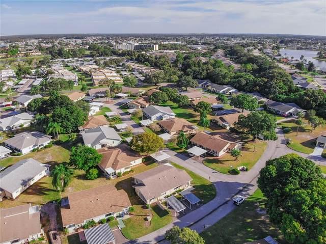1812 Foxhunt Drive A, Sun City Center, FL 33573 (MLS #T3336657) :: Frankenstein Home Team