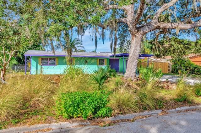 2221 Alvarado Lane, Sarasota, FL 34231 (MLS #T3337721) :: Visionary Properties Inc