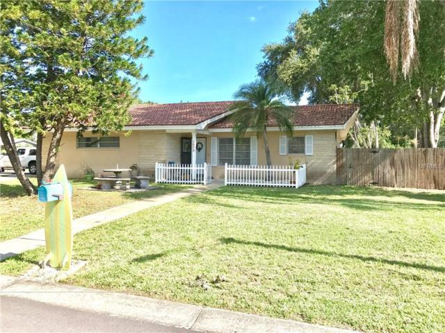 1575 Sandy Lane, Clearwater, FL 33755 (MLS #U7824316) :: The Duncan Duo & Associates