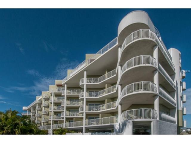 11605 Gulf Boulevard #204, Treasure Island, FL 33706 (MLS #U7838925) :: The Lockhart Team