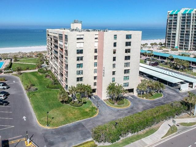 1400 Gulf Boulevard #207, Clearwater Beach, FL 33767 (MLS #U7849122) :: The Duncan Duo Team