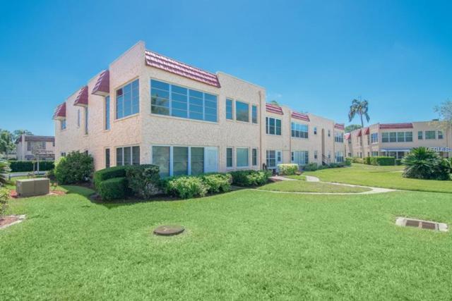 207 Buttonwood Circle, Seminole, FL 33777 (MLS #U8000998) :: The Duncan Duo Team