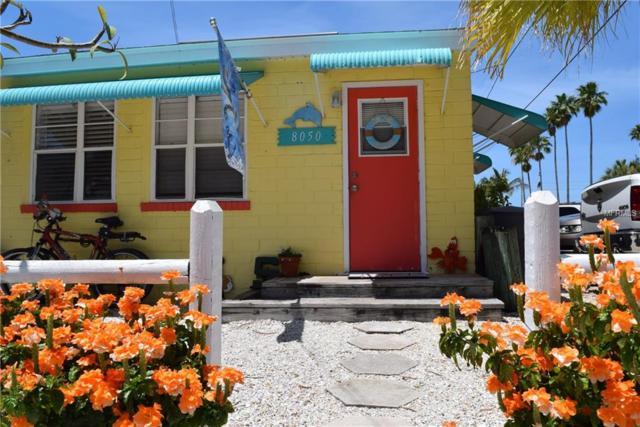 8050 Bayshore Drive, Treasure Island, FL 33706 (MLS #U8003163) :: The Duncan Duo Team