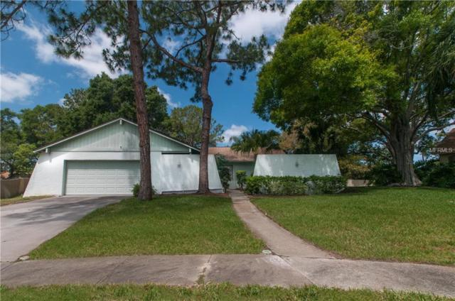 1544 Huntington Court, Palm Harbor, FL 34683 (MLS #U8003713) :: The Duncan Duo Team