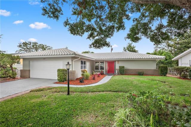 2039 Little Neck Road, Clearwater, FL 33755 (MLS #U8005140) :: Delgado Home Team at Keller Williams