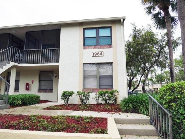 1964 Laughing Gull Lane #1316, Clearwater, FL 33762 (MLS #U8007150) :: Lovitch Realty Group, LLC