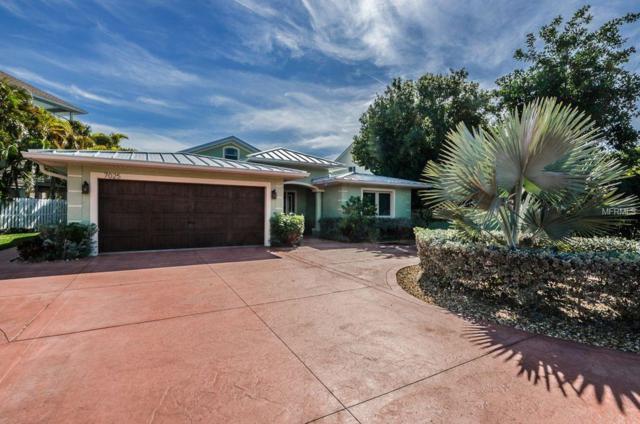 7025 Boca Ciega Drive, St Pete Beach, FL 33706 (MLS #U8008161) :: Chenault Group