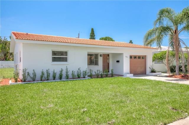 920 Lantana Avenue, Clearwater Beach, FL 33767 (MLS #U8011324) :: RE/MAX Realtec Group