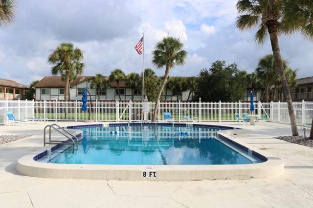650 Pinellas Point Drive S #105, St Petersburg, FL 33705 (MLS #U8012378) :: The Duncan Duo Team