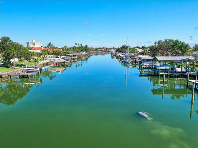 320 Harbor Passage, Clearwater Beach, FL 33767 (MLS #U8018131) :: RE/MAX CHAMPIONS