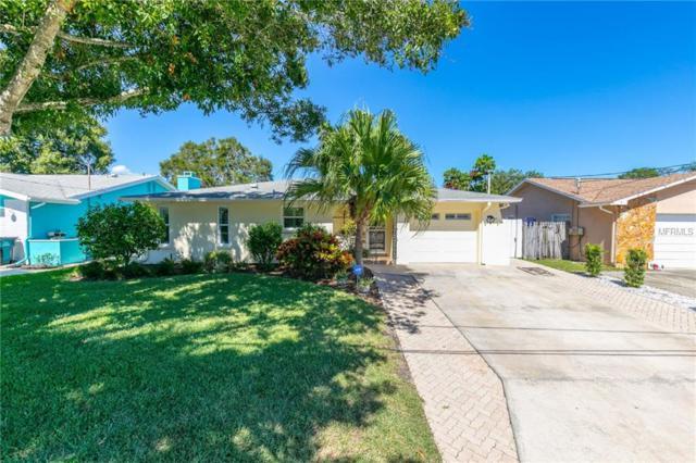 4 Oak Avenue, Palm Harbor, FL 34684 (MLS #U8018742) :: Delgado Home Team at Keller Williams