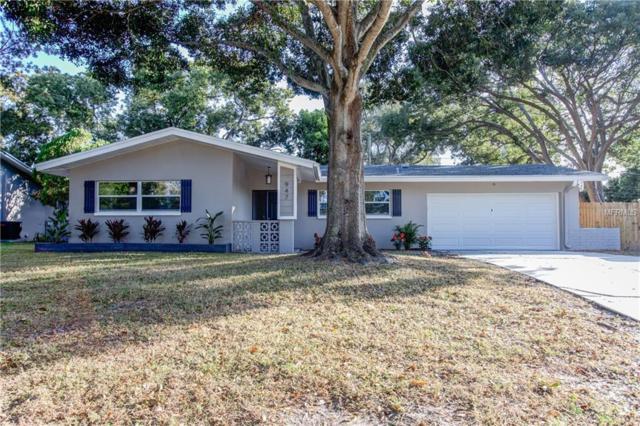 947 Grovewood Drive, Dunedin, FL 34698 (MLS #U8023572) :: Dalton Wade Real Estate Group