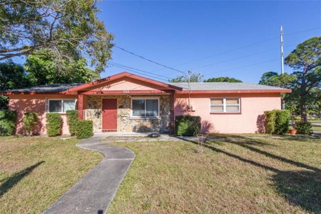 208 NE Lincoln Circle N, St Petersburg, FL 33702 (MLS #U8027718) :: Medway Realty