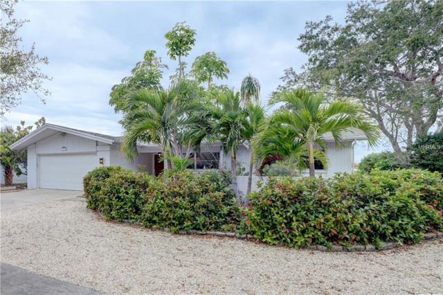 780 Snug Island, Clearwater Beach, FL 33767 (MLS #U8031278) :: Delgado Home Team at Keller Williams