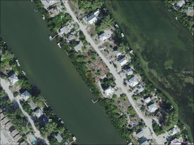 361 Bocilla Drive, Placida, FL 33946 (MLS #U8031526) :: Cartwright Realty