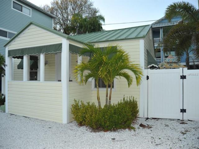 24 80TH Terrace, Treasure Island, FL 33706 (MLS #U8034576) :: Baird Realty Group