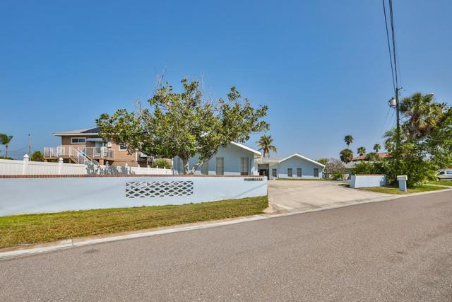 15859 Redington Drive, Redington Beach, FL 33708 (MLS #U8035590) :: Burwell Real Estate