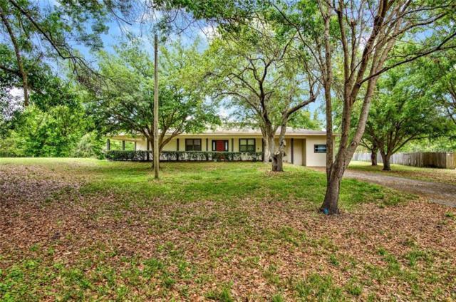 4527 Redcoat Drive, Wesley Chapel, FL 33543 (MLS #U8037464) :: The Light Team