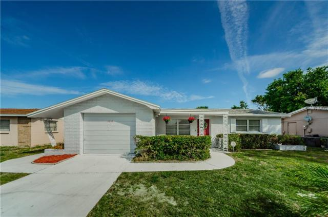 3335 Salisbury Drive, Holiday, FL 34691 (MLS #U8038630) :: Jeff Borham & Associates at Keller Williams Realty