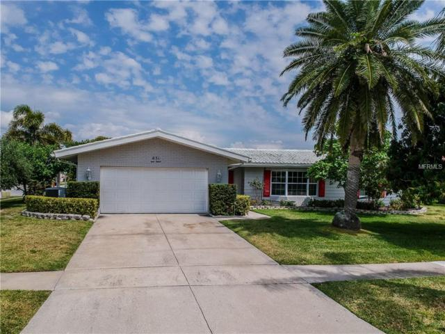 631 Snug Island, Clearwater, FL 33767 (MLS #U8041274) :: Lockhart & Walseth Team, Realtors