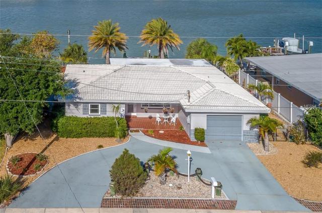 9020 Gulf Boulevard, St Pete Beach, FL 33706 (MLS #U8042406) :: Lockhart & Walseth Team, Realtors