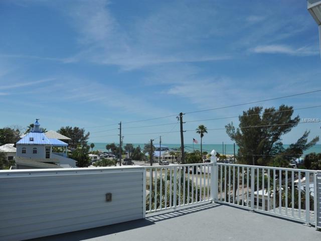 9222 Harrell Avenue, Treasure Island, FL 33706 (MLS #U8042723) :: Baird Realty Group