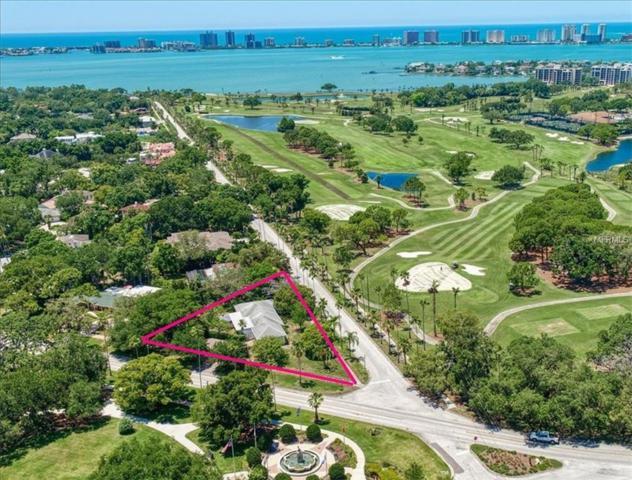 821 Bayview Drive, Belleair, FL 33756 (MLS #U8045186) :: Premium Properties Real Estate Services