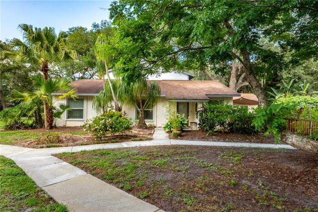 14695 Pine Glen Circle, Lutz, FL 33559 (MLS #U8046045) :: Team TLC | Mihara & Associates