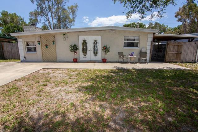 9262 88TH Way N, Largo, FL 33777 (MLS #U8046105) :: Jeff Borham & Associates at Keller Williams Realty