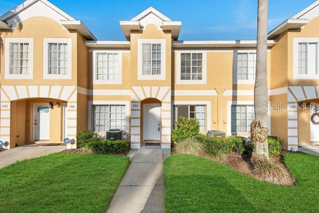 1306 Kelridge Place, Brandon, FL 33511 (MLS #U8047747) :: Griffin Group