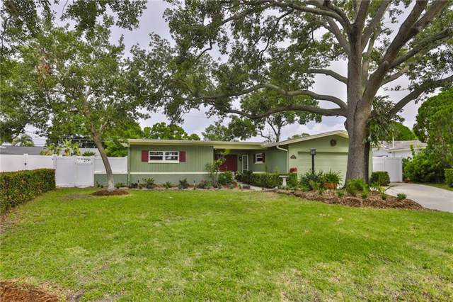2101 Dolphin Boulevard S, St Petersburg, FL 33707 (MLS #U8051050) :: Team Bohannon Keller Williams, Tampa Properties