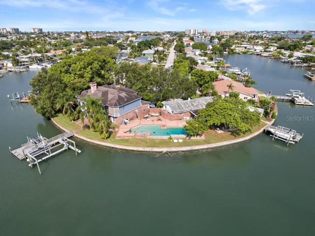7801 2ND Avenue S, St Petersburg, FL 33707 (MLS #U8051640) :: Charles Rutenberg Realty