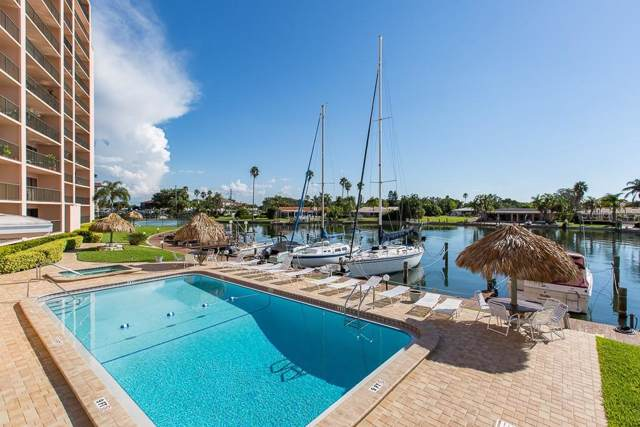 51 Island Way #103, Clearwater Beach, FL 33767 (MLS #U8052148) :: Burwell Real Estate