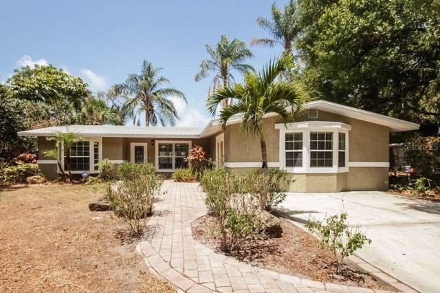 2139 Hyde Park Circle, Sarasota, FL 34239 (MLS #U8052449) :: White Sands Realty Group