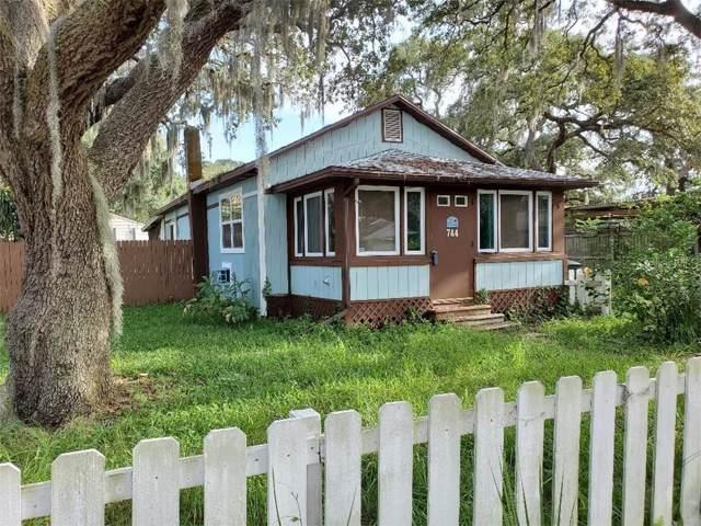 744 2ND Street N, Safety Harbor, FL 34695 (MLS #U8053041) :: Alpha Equity Team
