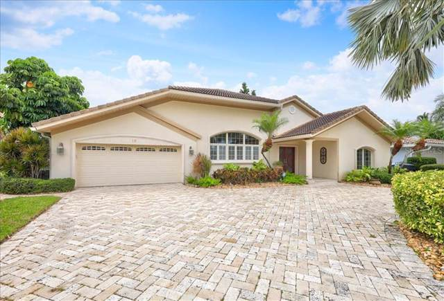 19 Leeward Island, Clearwater, FL 33767 (MLS #U8055438) :: Andrew Cherry & Company