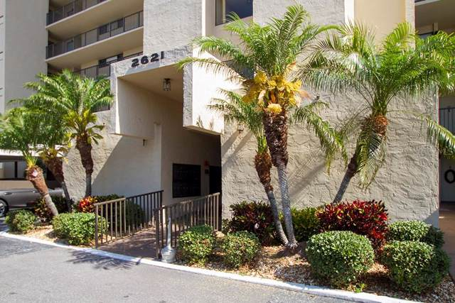 2621 Cove Cay Drive #107, Clearwater, FL 33760 (MLS #U8060157) :: Team Vasquez Group