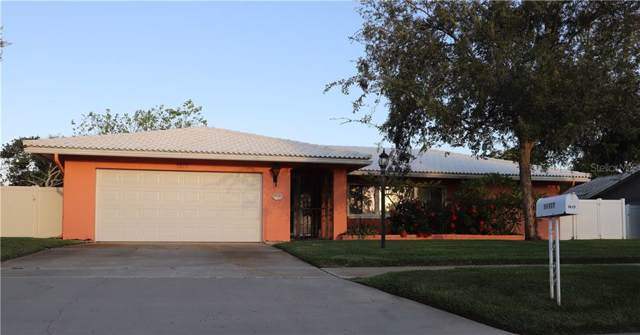11177 Hammock Drive, Largo, FL 33774 (MLS #U8062308) :: Gate Arty & the Group - Keller Williams Realty Smart