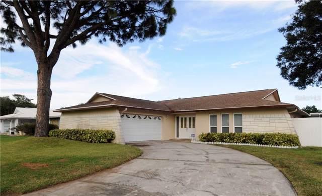 8636 Pinetree Drive W, Seminole, FL 33772 (MLS #U8062553) :: Charles Rutenberg Realty